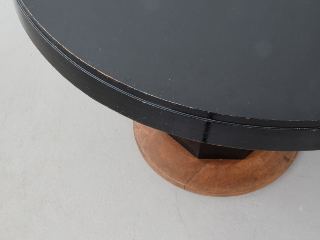 Gropius_Table_03