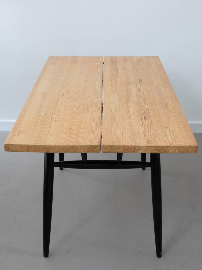 Tapiovaara_Table_05