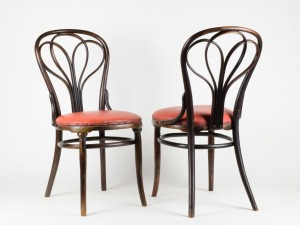 Thonet_No.25_Chairs_01